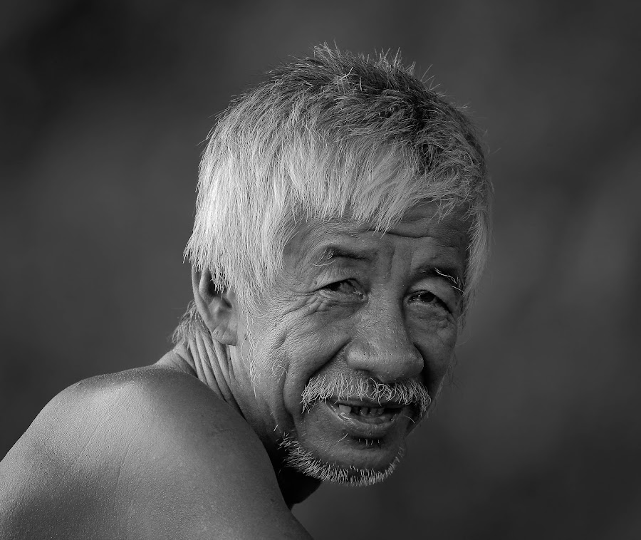 by Simon Yue - Black & White Portraits & People