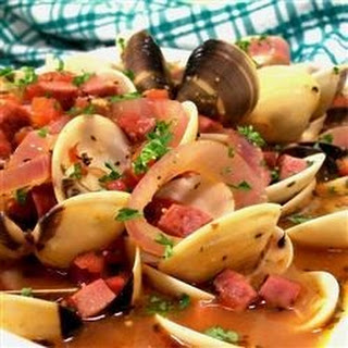 Clams and Chourico