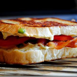Roasted Jalapeno Grilled Cheese Sandwich