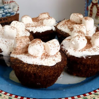 Hot Chocolate Cupcakes and a Review of Baking Buddies, Re-usable Silicone Baking Cups