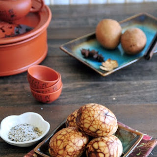 Chinese Tea Eggs (糖心茶葉蛋).