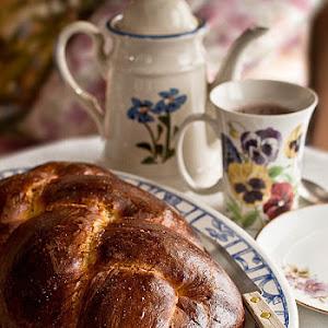 Pulla (Finnish Sweet Bread)