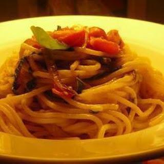 Spaghetti with Tomatoes, Basil and Gorgonzola.
