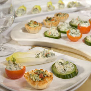Hot & Cold Classic Knorr Spinach Dip Appetizers.