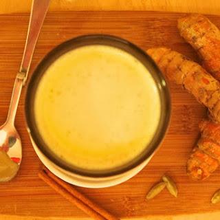 How To Prepare Turmeric Golden Milk