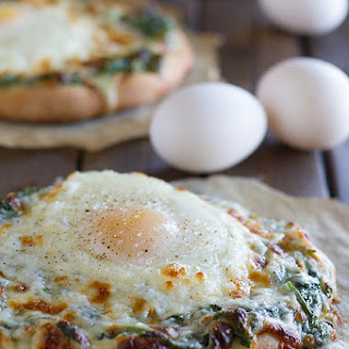 Creamed Spinach and Egg Pizza