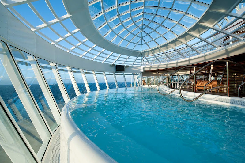 Get revitalized in the large, restorative whirlpool aboard Allure of the Seas.