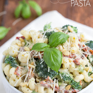 Creamy Pesto Tomato Pasta.