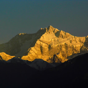 Kanchendzonga by Caesar Jees - Landscapes Mountains & Hills ( mountain, winter, nature, peak, india, travel, landscape )