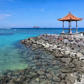 Beer, Lemonade Miss/Mdm/Sir? by Christopher Harriot - Landscapes Beaches ( bali, blue, hut, green, cold beer, orange. color, sea, beach, gazebo, drinks, sun )