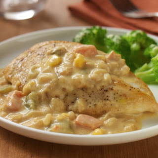 Chicken with Vegetable Cream Sauce