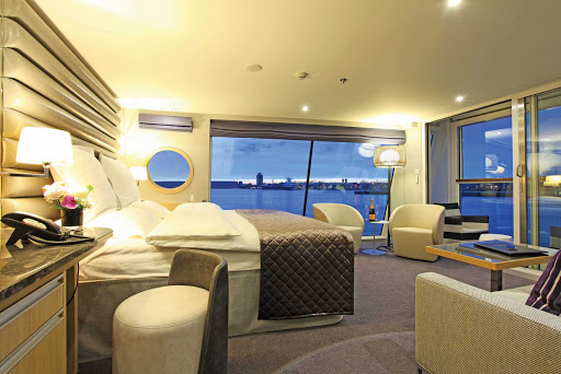Scenic-Cruises-Crystal-Royal-Panorama - Spacious and lavishly furnished, the Royal Panorama Suite aboard Scenic Crystal is a favorite accommodation of guests of all ages.