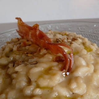 Risotto with Jerusalem artichokes and fennel seeds.