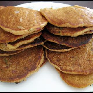 Savory Quinoa Pancakes / Quinoa Oothapam.