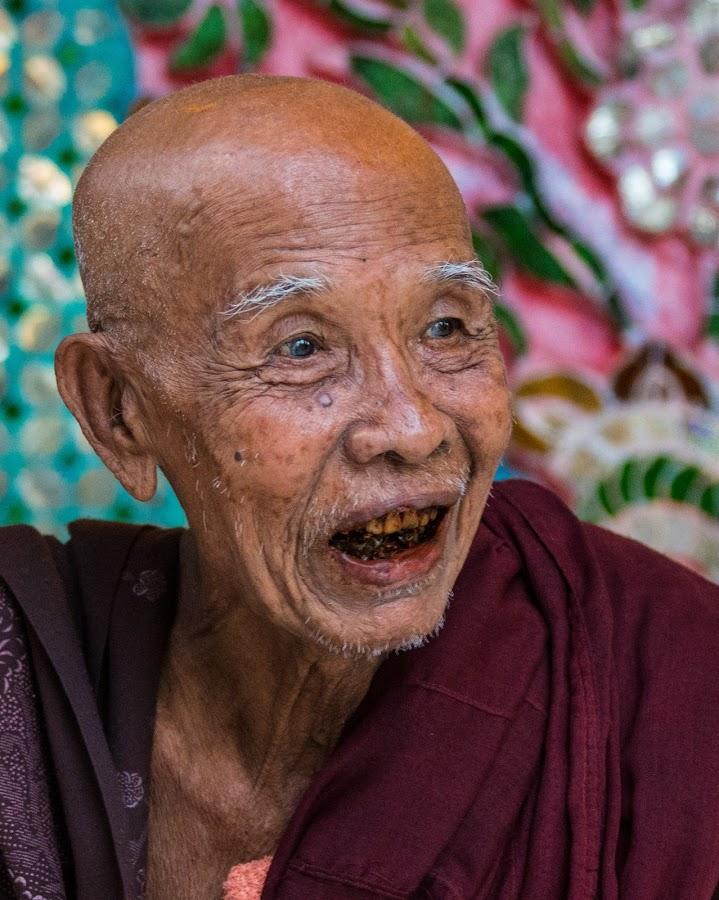 Old Burmese monk by Mike O'Connor - People Street & Candids ( religion, monk, buddhist, rangoon, yangon, friendly, shwedagon pagoda, smile,  )