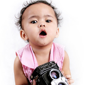 Say Cheese by Widianto Didiet - Babies & Children Child Portraits (  )