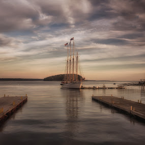 The Margaret Todd by Anne Marie Hickey - Transportation Boats ( maine, schonner, boat )