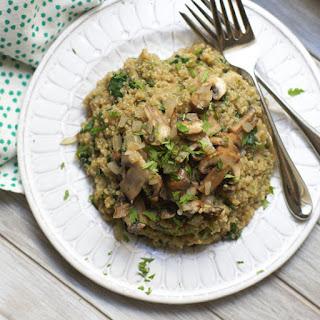 """Mushroom & Spinach Quinoa """"Risotto"""""""