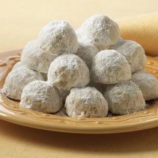 McCormick® Pecan Cookie Balls