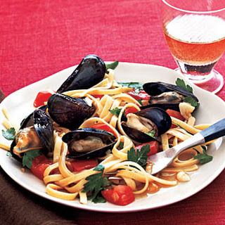 Fettuccine with Mussels.