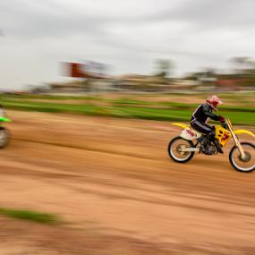 .........The chase by YSKAy ClickZ - Sports & Fitness Motorsports
