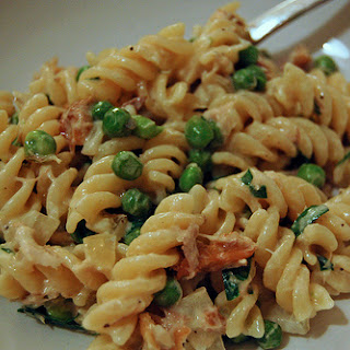 Fusilli with Smoked Mackerel and Peas