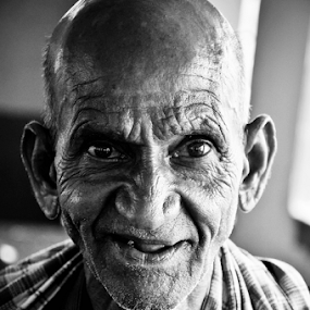 GOLD WITH GOLDEN SMILE by Eb Jai - People Portraits of Men (  )