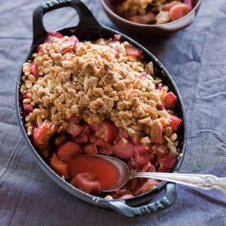 Rhubarb-Ginger Crumble
