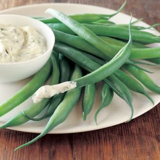 Green Beans with Creamy Tarragon Dipping Sauce