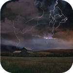 Farm in Thunderstorm Wallpaper