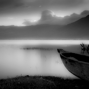 Biduak by Adi Krishna - Black & White Landscapes