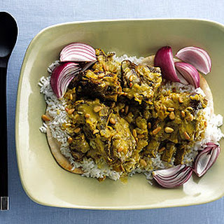 Lamb in Spiced Yogurt Sauce with Rice and Bread
