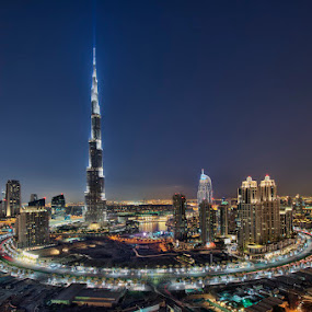 Standing TALL' by Vic Pacursa - Buildings & Architecture Office Buildings & Hotels ( dubai, cityscape, nightscape, city )