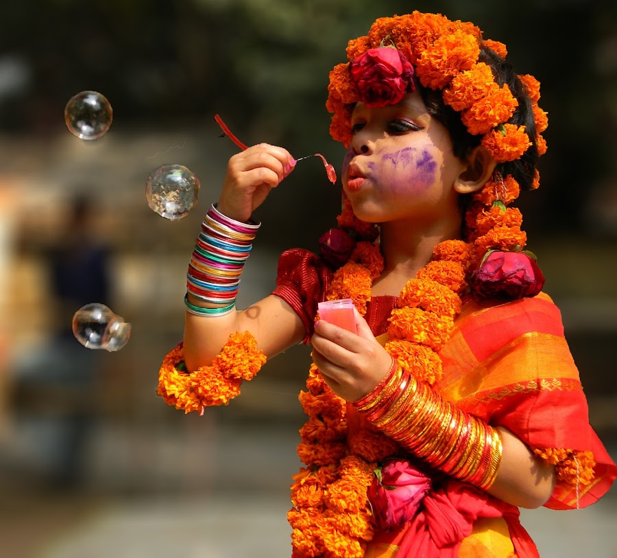 by Robin Mahmud - Babies & Children Child Portraits ( color, play, festival, enjoy, baby,  )