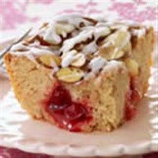BREAKSTONE'S Fruit-Filled Coffee Cake.