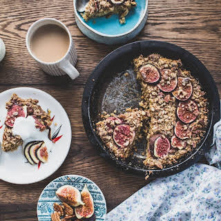 Baked Fig and Date Oatmeal with Pecan Streusel.