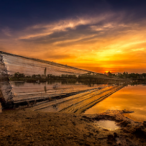 Caught up in the moment by Liquid Lens - Landscapes Sunsets & Sunrises