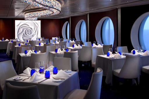 Celebrity_Infinity_Blu - Take in the sea and the contemporary décor in Celebrity Infinity's Blu restaurant.