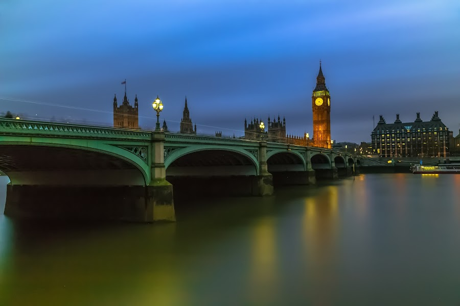 Westminster Bridge by Stephen Bridger - Buildings & Architecture Bridges & Suspended Structures ( british parliament, uk, europe, travel, united kingdom, parliament, england, london, thames, night photography, westminster bridge, westminster, night, bridge, big ben, night shot, travel photography, river thames )