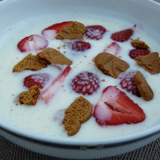 Danish Buttermilk Yogurt Soup with Strawberries and Speculoos