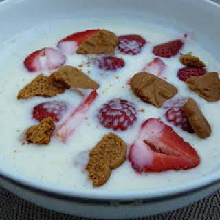Danish Buttermilk Yogurt Soup with Strawberries and Speculoos.