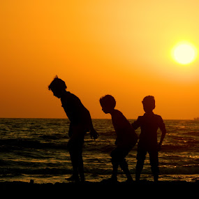 little steps... by Shambaditya Das - Novices Only Street & Candid ( #india, #beach, #colours, #sunset, #gujrat, #brothers_bonding )