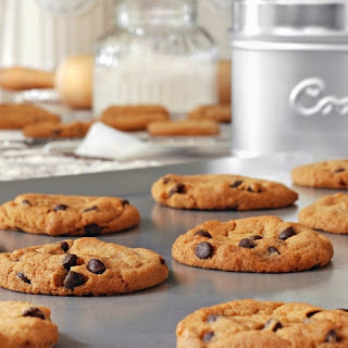 """""""Can't Miss"""" Vegan Chocolate Chip Cookies"""