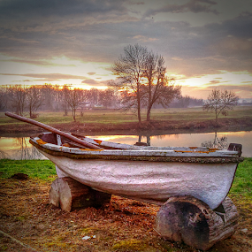Sea boat on the river by Oliver Švob - Instagram & Mobile Android ( korana, europe, landscape, boat, wooden boat, sun, croatai, sony, sony xperia, karlovac, sunrise, down, river, , color, colors, portrait, object, filter forge, Lighting, moods, mood lighting )