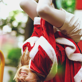 santa baby  by Emily Lei - Novices Only Portraits & People ( sister, girl, santa, christmas, costume, portrait )
