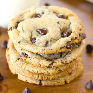 The Best Bakery Style Chocolate Chip Cookies.