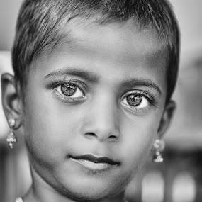 beautiful eyes by Shaik Mohaideen - Black & White Portraits & People ( black and white, portrait, eyes )