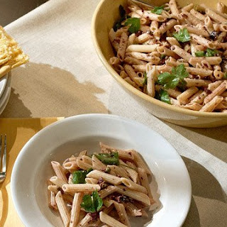 Whole Wheat Pasta with Olives and Lemon