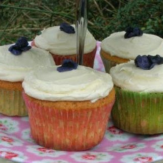 Violet and Rose White Chocolate Fairy Cakes Recipe