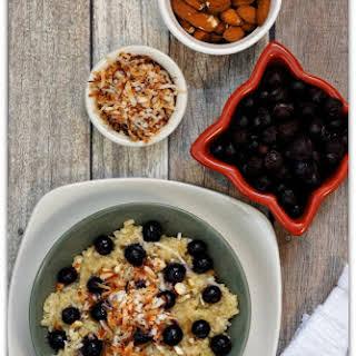 Recipe for Slow Cooker Blueberry-Coconut Breakfast Quinoa.